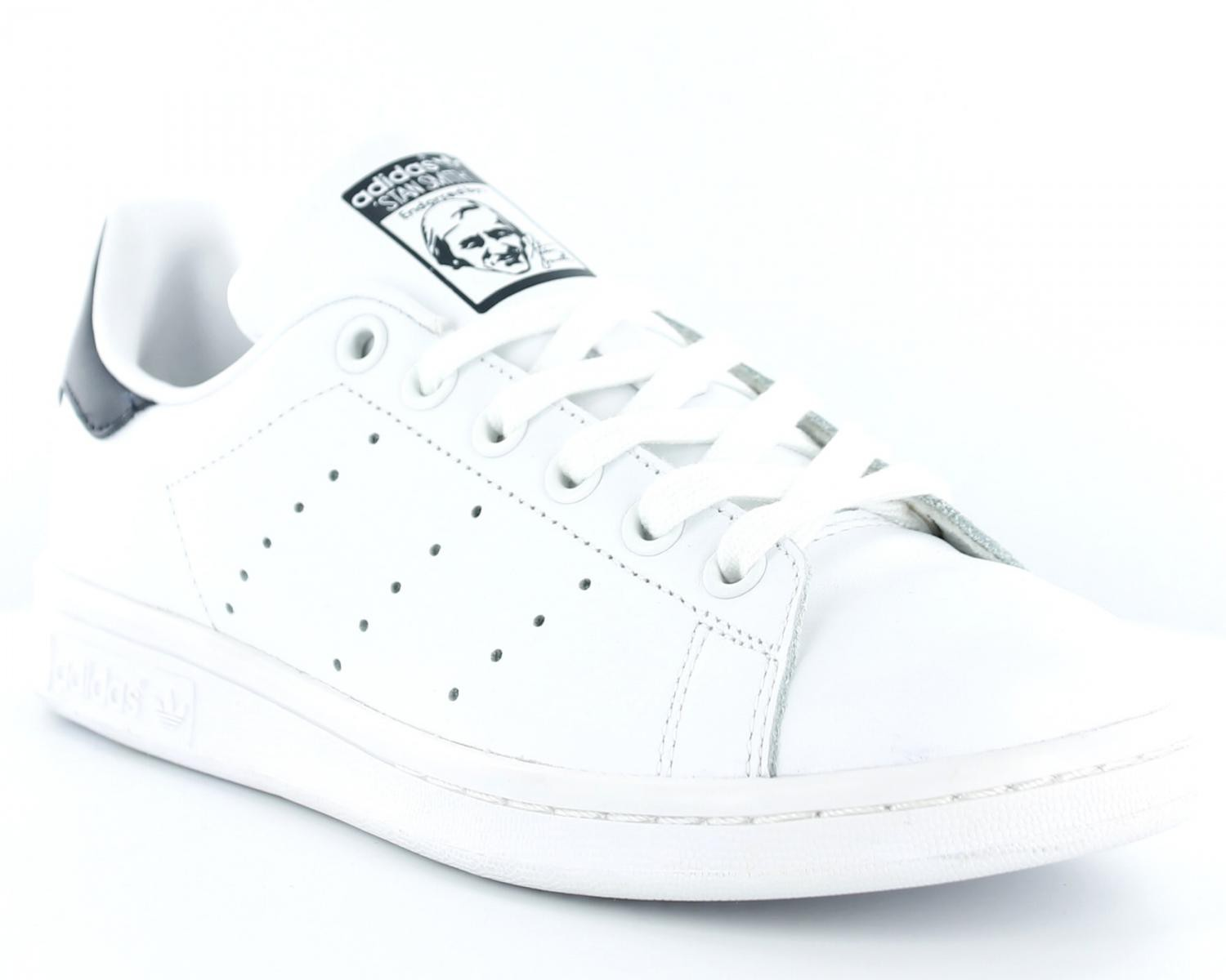 Baskets blanches Gemo façon Stan Smith