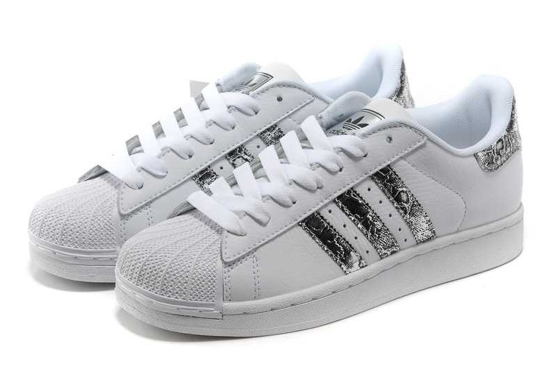 100% Authentique adidas superstar paillette femme pas cher
