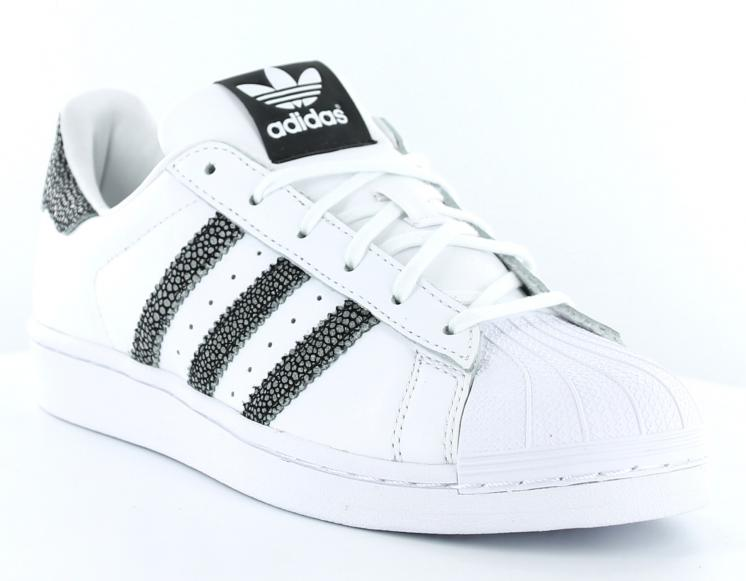 100% Authentique basket femme adidas superstar pas cher