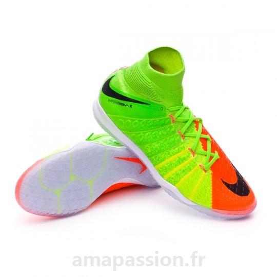 chaussures de foot salle enfant nike